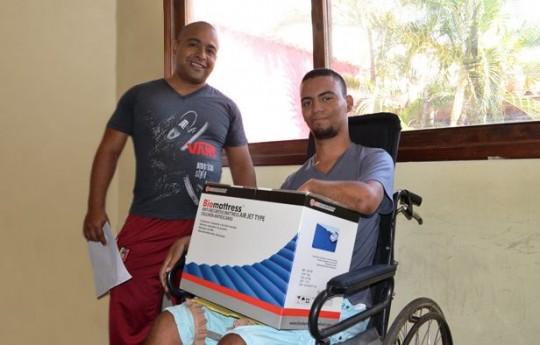 Gobierno de Carabobo sigue otorgando ayudas sociales a los más necesitados