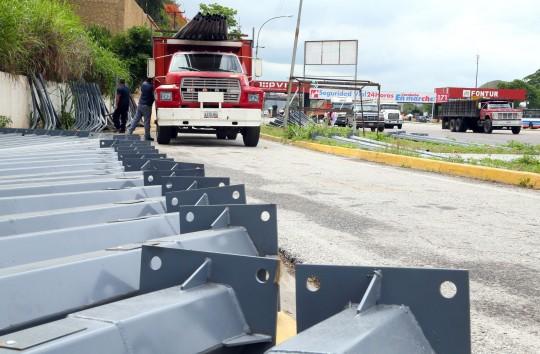 Iluminación de la Valencia-Puerto Cabello es oportuna para mejorar seguridad vial