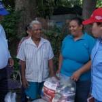 Gobierno de Carabobo entregó alimentos y colchonetas a 120 familias de Diego Ibarra