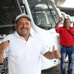 Gobierno de Carabobo entregó nuevas unidades a choferes víctimas de guarimbas 2014