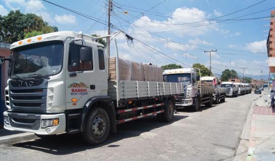 Más de 230 familias de Corredor Miguel Peña se benefician con materiales de construcción
