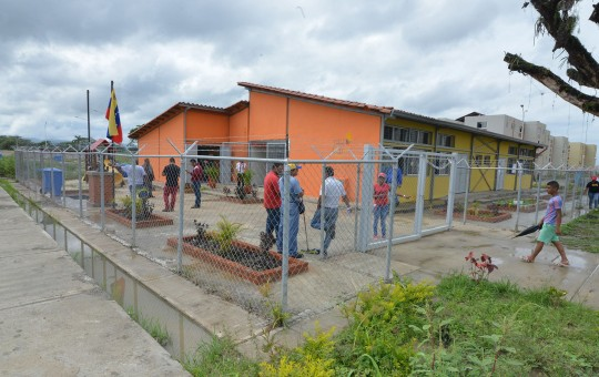 Madres del urbanismo Ciudad Chávez resaltaron ventajas de contar con un segundo CEI