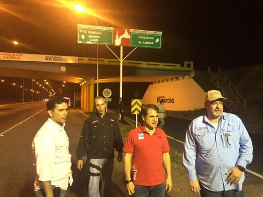 Cumplimos y  entregamos 100% alumbrada autopista Valencia-Puerto Cabello