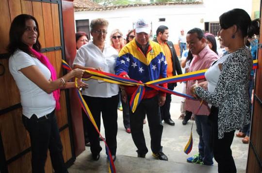 Gobierno de Ameliach inauguró nueva sede del centro de enseñanzas Maria Franceschi
