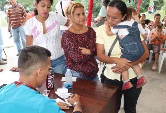 jornada de salud hasta población de Las Trincheras