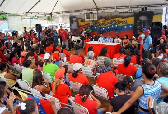 Entregamos en Base de Misiones La Guacamaya  más Tarjetas Socialistas