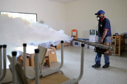 Fumigación de escuelas