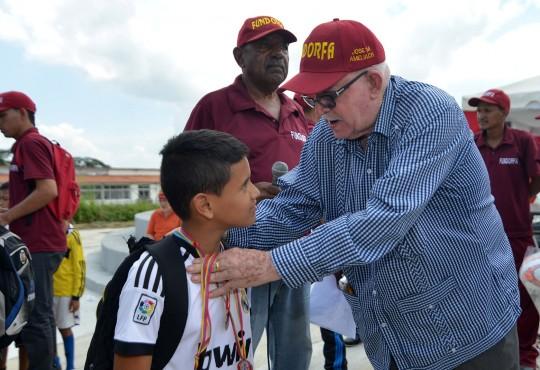 """Concluyen con éxito juegos """"Inter Barrios del Sur 2016"""""""