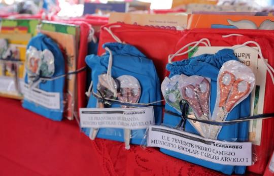 Beneficiamos a siete mil niños con entrega de juegos didácticos