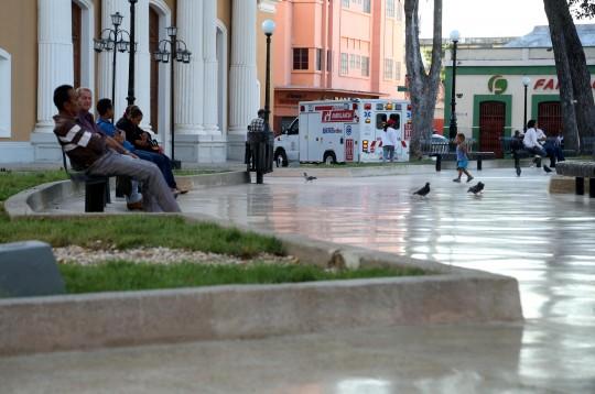 Entregamos restaurada Plaza Bolívar de Valencia