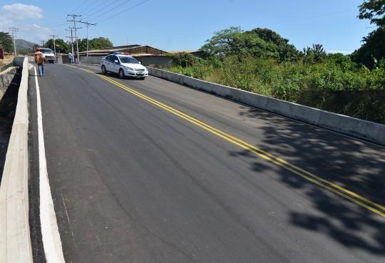 Entregamos puente Nueva Valencia en Libertador