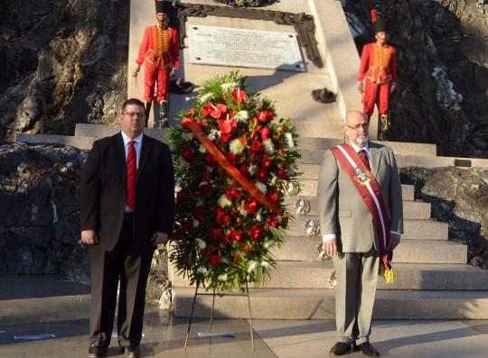 Honramos memoria del Libertador a 186 años de su siembra