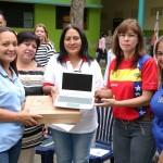 Entregamos Canaimas a docentes de escuelas nacionales y estadales