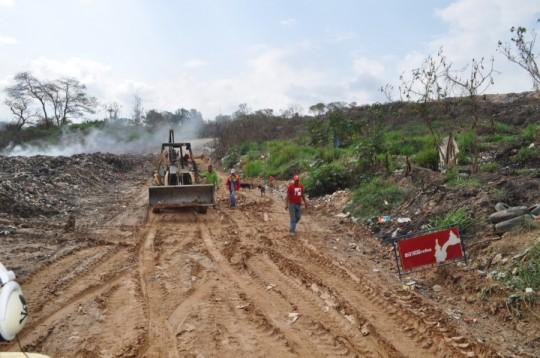 Iniciamos mejoras en vialidad del vertedero de Güigüe