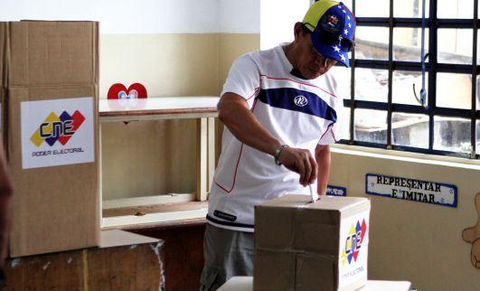 Voto a voto se construye la estabilidad en Venezuela
