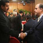 El 15 de noviembre se reunirán delegaciones del Gobierno y la oposición