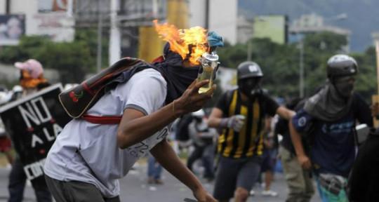 Investigaciones y testimonios sustentan informe sobre violencia insurreccional
