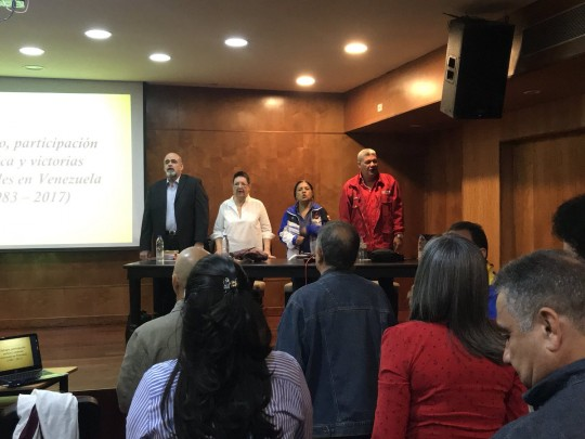 Así se lleva a cabo el curso de Sufragio, participación política y victorias electorales en Venezuela