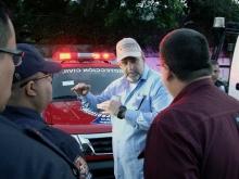 gobernador-entrega-patrullas-en-peaje-la-entrada
